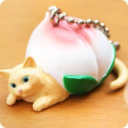 boutique-kawaii-shop-chezfee-com-gachapon-france-straps-porte-clef-neko-cafe-peach-peche