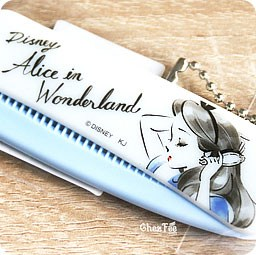 boutique-kawaii-shop-chezfee-disney-japan-officiel-authentique-brosse-cheveux-alice