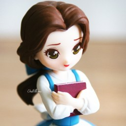boutique-kawaii-shop-chezfee-gashapon-figurine-disney-princesses-posket-heroine-doll-belle-livre-4