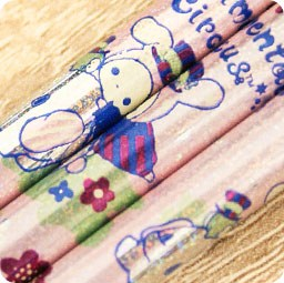 boutique-kawaii-shop-cute-chezfee-papeterie-crayon-sentimental-circus-village-elephant-bleu