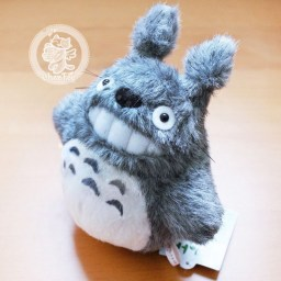 boutique-kawaii-shop-france-chezfee-adorable-peluche-ghibli-officiel-totoro-gris-1