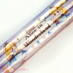 boutique-kawaii-shop-france-japonais-chezfee-disney-japan-alice-wonderland-chibi-crayons-mauve-2
