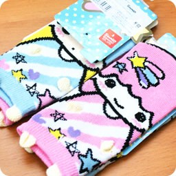 boutique-shop-kawaii-france-chezfee-chaussette-enfant-amusantes-fantaisie-mignonnes-little-twin-stars-sanrio-coton