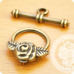loisir-creatif-kawaii-fermoir-toggle-rose-chezfee